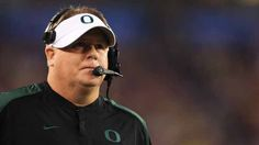 Chip Kelly turns down NFL, will stay at University of Oregon.