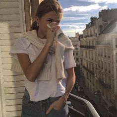 street_style_paris on Poshinsta Looks Cool, Looks Style, Style Me, Trendy Style, Mode Outfits, Fashion Outfits, Womens Fashion, Urban Outfits, Modest Fashion