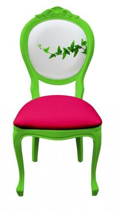 Secretly love this bright coloured baroque chair!!