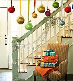 Hanging ornaments...maybe I'll do this over the picture window in the family room