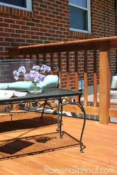 Staining Pressure Treated Wood - Tips for staining pressure treated wood without the long wait time. #outdoor #diy #staining #deck