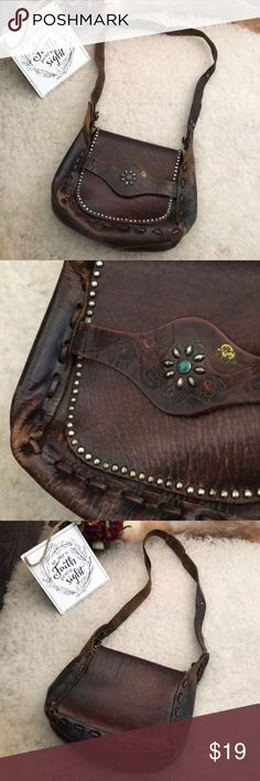 Vintage All Leather Handmade Embellished Bag Preloved Vintage Leather Bag. Had natural leather wear and the hand painted detail is almost all faded. The embellished detail is still in great shape. From m a pet and smoke free home, it does have a older leather smell to it. Bags Shoulder Bags