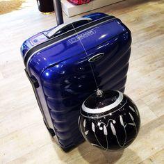 Si te importa tú #equipaje #luggage y estas pensando en cambiar de #maleta  #trolley no te olvides de #samsonite ... Para mi es la combinación perfecta @mysamsonite #nosvemosenlastiendas #samsonitexmas #firelite ven a verla en primera persona a #outletgacela #bolsosazkona y llévatela al mejor #precio