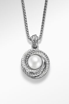 A pearl is synonymous with what is rare and valuable—the perfect symbol to wear on the day celebrating the love of your life.