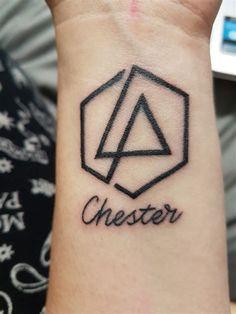 Beautiful Legend Chester Bennington ❤ #makechesterproud #linkinpark #chesterbennington #iamthechange #320changesdirection Linkin Park, Chester Bennington Tattoo, Charles Bennington, Music Tattoos, Cool Tattoos, Tatoos, Awesome Tattoos, Lp Tattoo, Band Tattoo