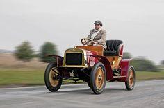 ŠKODA celebra el 110 aniversario del inicio de producción de vehículos