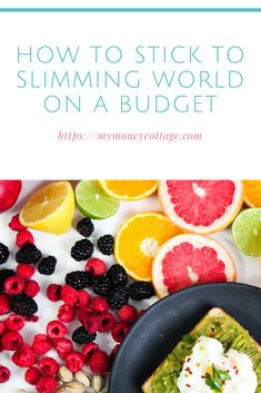 Slimming World is one of the most popular weight loss diets, but many people worry about the cost. Here's how you can stick to Slimming World on a budget. Money Saving Tips, Managing Money, Saving Ideas, Slimming World Diet, Creating Wealth, Frugal Living Tips, Fruit And Veg, Budgeting Tips, Lose Weight