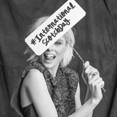 Hoy celebramos el día internacional del Scotch Day con @cocorocha #internationalscotchday  via ELLE MEXICO MAGAZINE OFFICIAL INSTAGRAM - Fashion Campaigns  Haute Couture  Advertising  Editorial Photography  Magazine Cover Designs  Supermodels  Runway Models
