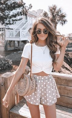 Are you searching for outfits for summer? Look no further in light of the fact that here are the 50 best of the cute summer outfits to wear this summer. Mode Outfits, Casual Outfits, Vetement Fashion, Trendy Swimwear, Cute Summer Outfits, Summer Holiday Outfits, Summer Outfits For Vacation, Europe Outfits Summer, Cute Spring Outfits