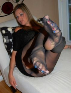 Photos Foot fetish and pantyhose