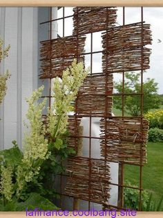 Most current Pictures bamboo garden fence Popular – diy garden landscaping Diy Garden, Garden Art, Garden Landscaping, Herb Garden, Garden Types, Rocks Garden, Landscaping Ideas, Garden Planters, Garden Club