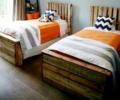 2 small full beds made from pallets with unmodified pallet headboards