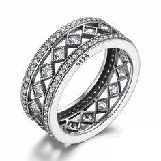 Breathtaking Vintage Sterling Silver Band Ring