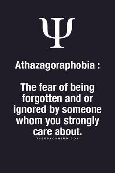athazagoraphobia ist die Angst davor, vergessen oder durch jemanden ignoriert zu werden, über den Sie sich stark sorgen