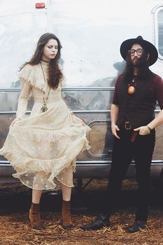 Meet Charlotte Kemp Muhl & Sean Lennon on the blog now!