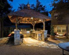 Outdoor kitchen; backyard entertaining