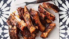 The Best BBQ Pork Ribs Recipe Ingredients – Grilling Doctor Bbq Pork Ribs, Ribs On Grill, Super Bowl Finger Foods, Slow Cooker Ribs Recipe, Pork Rib Recipes, Sauce Barbecue, Tailgating Recipes, Grilling Recipes, Grilled Meat