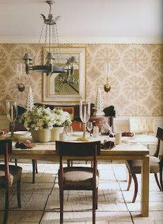 more casual dining room Phoebe Howard -http://peterdunhamtextiles.com/textiles/view/Samarkand, nailhead