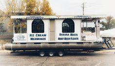 #itseemedlikeagoodidea #pontoonboat #icecream #float #snacks #summer #river #wpr