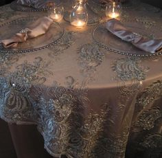 best ideas for wedding table cloth champagne lace overlay Lace Tablecloth Wedding, Wedding Table Linens, Wedding Table Settings, Wedding Reception Decorations, Lace Tablecloths, Table Overlays, Linen Rentals, Linens And Lace, Crafts
