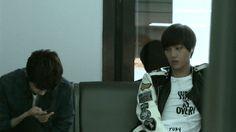 Jongin trying to calm his Kyungsoo feels. #EXO #Kai #D.O