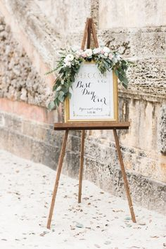 Elegant Miami Wedding in the Garden - MODwedding