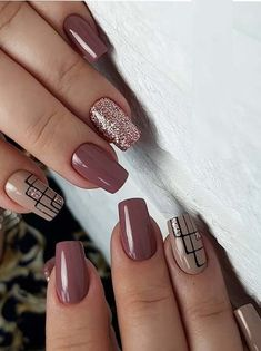 Classic nail designs & pictures for every woman in 2019 Want to wear the latest nail designs that you can copy now? Check out the different types of nail designs here # Matte Nail Art, Cute Acrylic Nails, Basic Nails, Simple Nails, Latest Nail Designs, Nail Art Designs, Nails Design, Square Nail Designs, Nail Designs Pictures