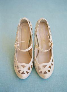 Wrap it up Pretty + A Jill La Fleur Workshop Announcement cutout shoes Camilla, Cute Shoes, Me Too Shoes, Pretty Shoes, Trends, Beautiful Shoes, Shoe Collection, Pretty Outfits, Wedding Shoes