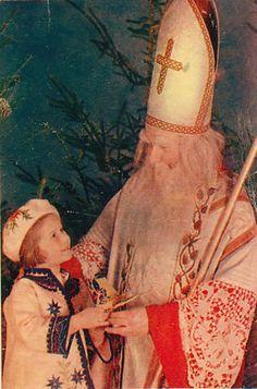St Nicholas in white with child solvi Saint Nicholas, Christmas Crafts, Saints, Children, Artwork, Craft Ideas, Young Children, Boys, Work Of Art