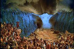 Arqueólogos confirmam que Moisés atravessou o mar vermelho após descobrir restos do exercito egípcio no fundo do mar ~ Sempre Questione - Últimas noticias, Ufologia, Nova Ordem Mundial, Ciência, Religião e mais.