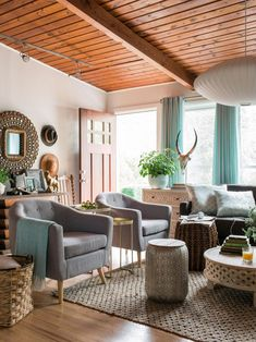 I uncovered a turquoise jackpot when I discovered the HGTV Spring House 2016 designed by Brian Patrick Flynn! First off, I love the collected look of the living room in the '60s-era ranch home. So muc