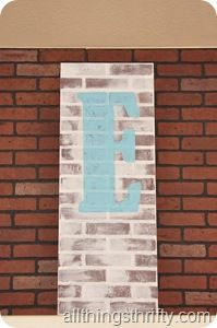 Tutorial: How to paint Faux Brick Paneling to make it look old Fake Brick, Old Brick Wall, Exposed Brick, Paint Brick, Faux Brick Panels, Brick Paneling, Brick Walls, Home Panel, Old Bricks