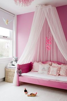 Canopy for baby girl bed.