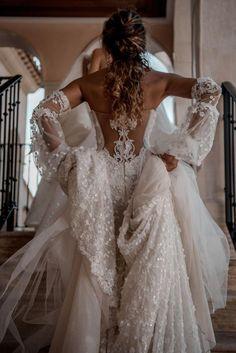 Galia Lahav CAMILLA wedding dress currently for sale at off retail. Cute Wedding Dress, Wedding Dress Trends, Best Wedding Dresses, Perfect Wedding, Bridal Dresses, Elegant Wedding, Lace Wedding, Luxury Wedding Dress, Lace Bridal Gowns