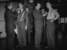 How to measure yourself for clothing.  http://www.artofmanliness.com/2010/07/27/measuring-the-man-how-to-measure-yourself-for-clothing-plus-a-bonus-personal-sizing-card/