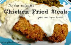 Chicken fried steak is one of the most delicious around the world. This simple and detailed recipe will help you cook the perfect chicken fried steak. Even you are not a chef can cook delicious and juicy chicken fried steak easily. Beef Recipes, Chicken Recipes, Cooking Recipes, Recipies, Cubed Steak Recipes, Chicken Meals, Recipe Chicken, Chicken Fried Chicken Recipe Cracker Barrel, Best Cubed Steak Recipe