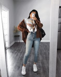 casual outfits for winter - casual outfits . casual outfits for winter . casual outfits for women . casual outfits for work . casual outfits for school . casual outfits for teens Winter Fashion Outfits, Look Fashion, Fashion Ideas, Fashion 1920s, Fashion Fall, Fashion Clothes, Fashion Women, Fashion Tips, Casual Winter Outfits