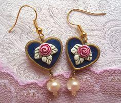 Pendientes azul. pendientes de corazón. Aretes de por ArgamanOsnatt