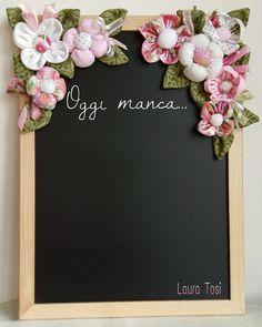 Memo lavagnetta fiorita by Fatto Con Amore da Laura www.facebook.com/fattoconamorelaura #artesanato #creativas #handmadewhitlove #creativemamy #handmade #lemaddine #mammecreative #officinacreativa