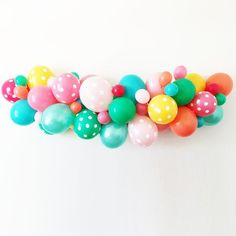 """This fabulous balloon kit will allow you to create a balloon masterpiece that is sure to be a showstopper at any celebration! Includes: 3 each of 11"""" balloons i"""