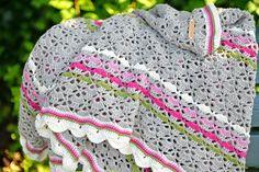 Inspiratie voor kleurverdeling. Southbay shawlette | Southbay sjaal/omslagdoek Jip by Jan