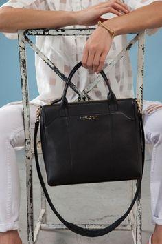 Annie Duffle Handbag - HBD101