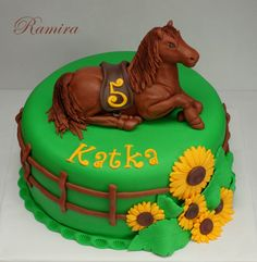 3D horse cakes | Cute, adorable!!! I <3 it!!!