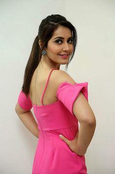 Indian Actress Photos, South Indian Actress, Indian Actresses, Most Beautiful Indian Actress, Beautiful Actresses, Beautiful Girl Photo, Gorgeous Women, Shraddha Kapoor Cute, India Beauty