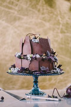 Chocolate wedding cake | Mosaic-themed fall wedding inspiration | Photo by Sahara Coleman | Read more - http://www.100layercake.com/blog/?p=82012