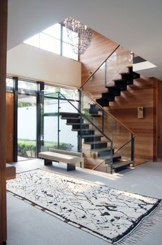 FormArch New York architecture and design firm Amagansett House Long Island Hamptons stairwell foyer Home Stairs Design, Home Building Design, Home Room Design, Interior Stairs, House Design, Glass Stairs, Floating Stairs, Glass Railing, Model House Plan