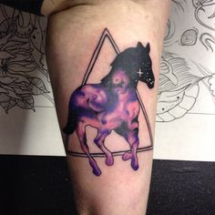I just love this horse galaxy tattoo!! By @lyndenchadwicktattoo