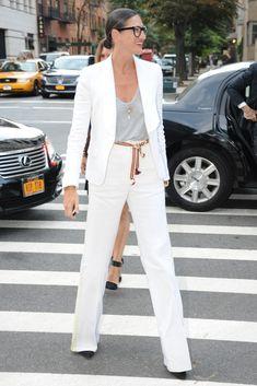 New York Fashion Week  - blanco y gris - detalle cinturon