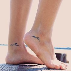 Beautiful Tiny Tattoos for Women - - 90 Small Tattoos for Girls Tattoo Girls, Small Girl Tattoos, Tiny Foot Tattoos, Female Tattoos Small, Small Ankle Tattoos, Friend Tattoos Small, Tattoo Sister, Tiny Tattoos For Women, Cute Girl Tattoos