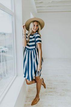 wholesale dealer 8a925 a70aa Somerset Bib Dress in Navy  ROOLEE Afslappet Kjoler, Søde Kjoler,  Sommerkjoler, Afslappet
